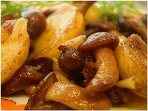 Жаркое с картофелем и с опятами